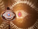 மற்றவர்களின் வயிற்றெரிச்சலும், கண் திருஷ்டியும் நம் மீது படாமல் இருக்க என்ன செய்யணும்?