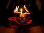 உங்களை சுற்றியும் உங்கள் வீட்டை சுற்றியும் இருக்கும் கண்திருஷ்டியை எளிதில் எப்படி விரட்டலாம்?