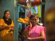 இந்த இடத்தை விட்டு வரமாட்டேன் ஓர் விலைமாதுவின் கண்ணீர் வேண்டுகோள்! my story#285