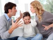 பெற்றோர்கள் சண்டை போடுவதால் குழந்தைகளின் நிலை என்னவாகும் தெரியுமா?