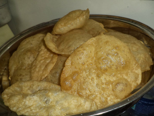 Quick & Easy Badam Milk Puri