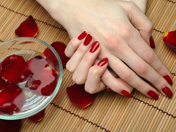 Benefits of hot oil manicure