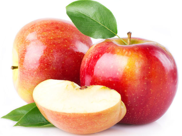 Beneficial effects of apple for your skin