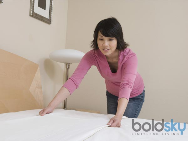 Changing  bed spread  infrequently causes for diseases