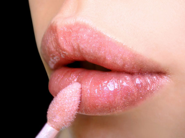 Easy home made lip balm for lighten lips