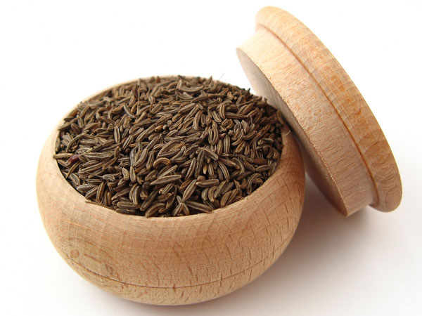 Impacts of intake of high level of cumin seed