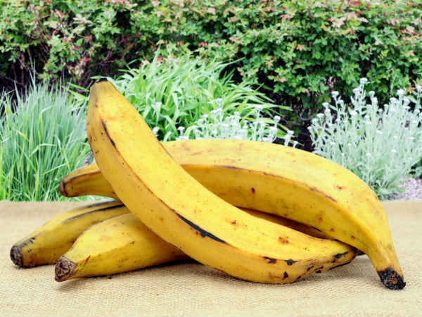 How to prepare nendram banana curry