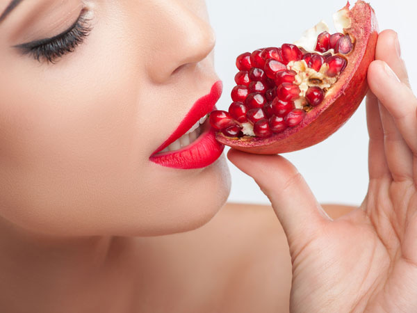 How to get rid of wrinkles using pomegranate face masks
