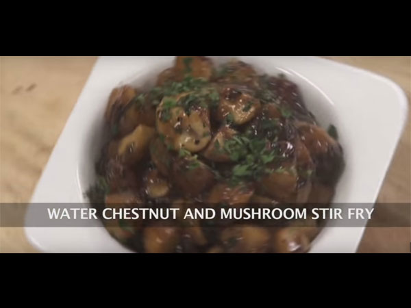 water chestnut and mushroom fry