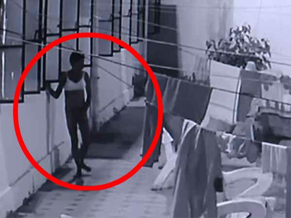 நடுராத்திரியில் கல்லூரி பெண்கள் விடுதியில் நிர்வாண உலா வந்த மனிதன் - வைரல் வீடியோ!