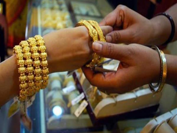 அக்ஷ்ய திருத்யை அன்று எந்த இராசிக் காரர்கள் எந்தெந்த மந்திரம் சொல்ல வேண்டும் ?