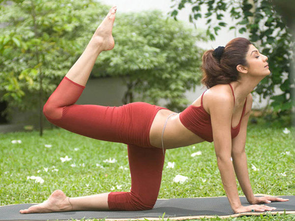 These Simple Yoga Tips Are Shilpa Shetty's Secret For An Amazing Body!