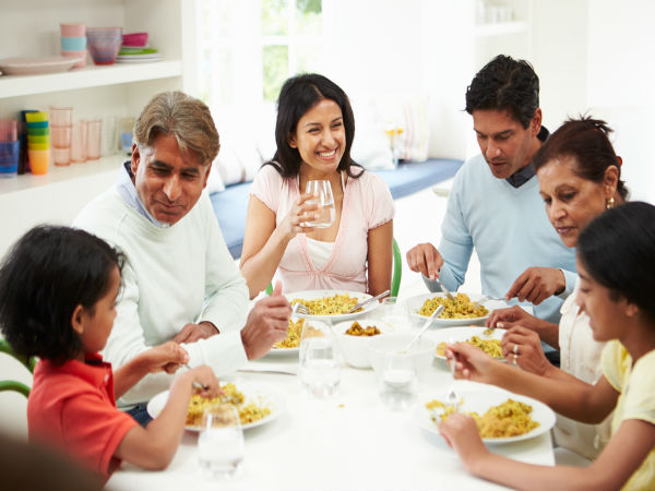 Reasons for why eating food at dining table is not good for health