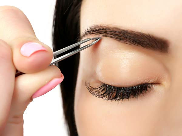 How to grow your eye brows thicker