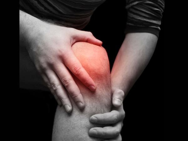 An ayurvedic Oil to get rid of Knee pain