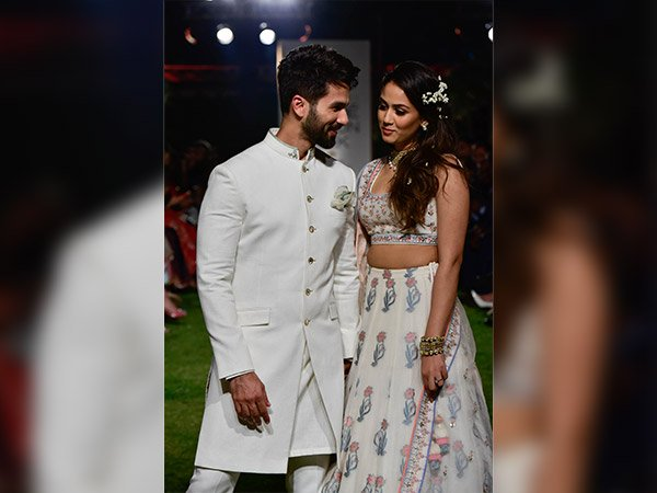 LFW 2018: Shahid-Mira Relived Their Wedding Moments As Anita Dongre's Couple Showstopper
