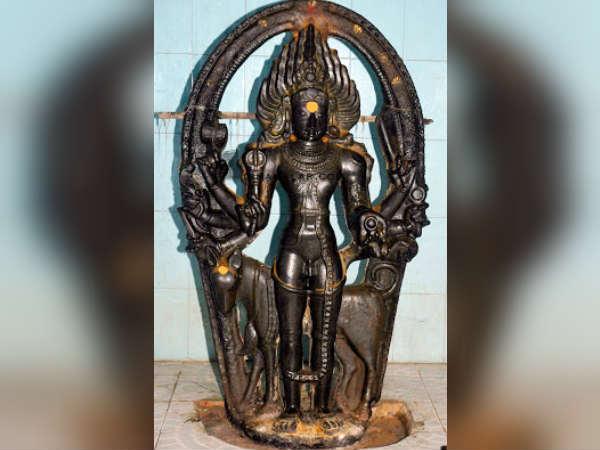 இந்த வாரம் கண்டிப்பாக காலபைரவரை வழிபட வேண்டிய ராசி எது?... ஏன்?
