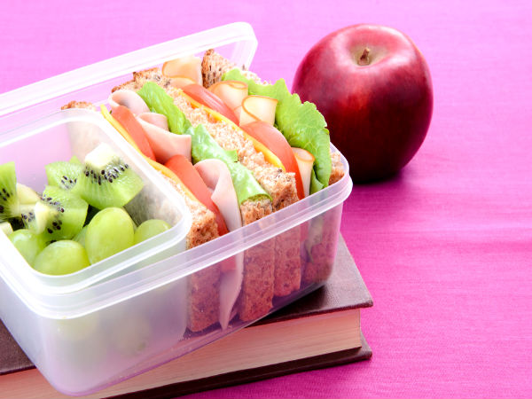 harmful things for using plastic lunch boxes