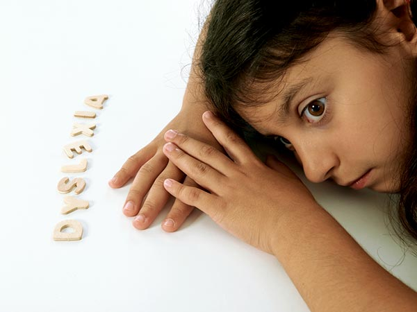 causes and symptoms of dyslexia