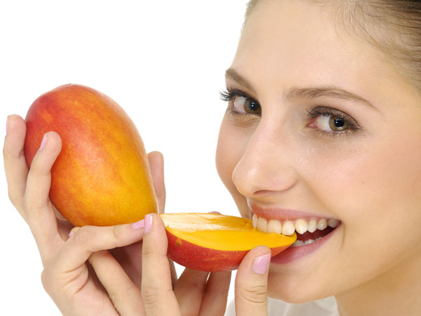 Homemade Mango Face Packs For Healthy Skin