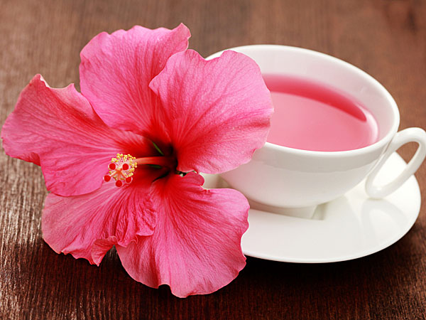 Drinking Hibiscus Tea For Prevent PCOD