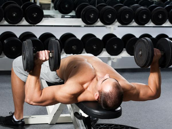 Are You 40 and Go To The Gym? These 5 Exercises Are Dangerous For You