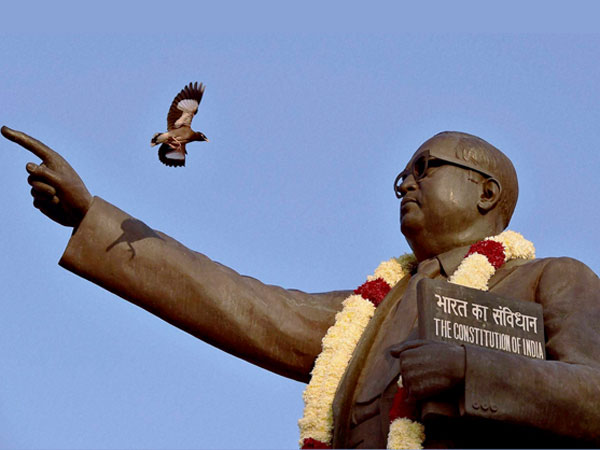 குடியரசு தினத்தில் டாக்டர் அம்பேத்கருக்கு ஏன் முக்கியத்துவம் கொடுக்க வேண்டும் தெரியுமா?