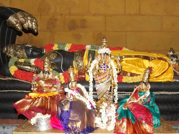 Srirangam Temple Festival Held Annually For 322 Days
