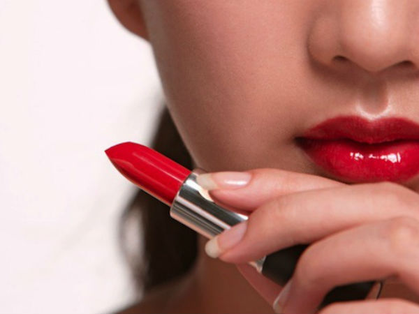 How To Use Your Red Lipstick In Different Ways