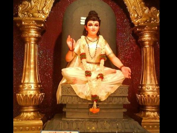 நவராத்திரி 2020 இரண்டாம் நாள்: பிரம்மச்சாரினி தேவியை வழிபடும் முறைகளும், மந்திரங்களும்...