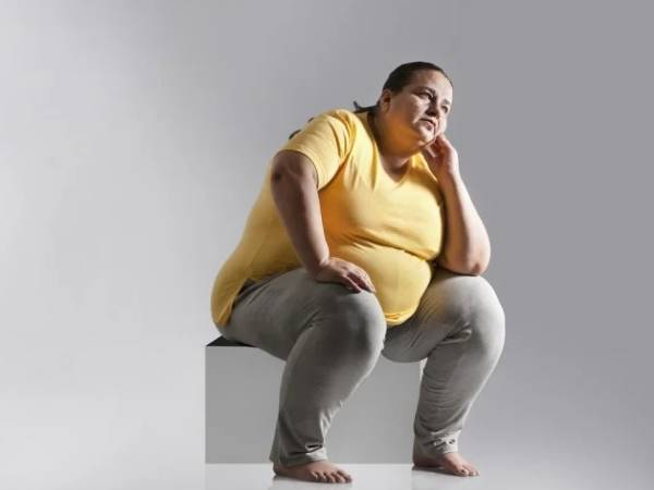 Is it more difficult for short people to lose weight?