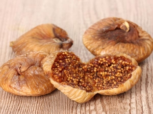 Reasons You Should Eat Dried Figs