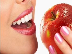 Massage These Foods On Your Teeth Make Them White