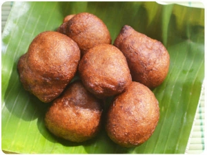 Rava Appam Recipe Tamil