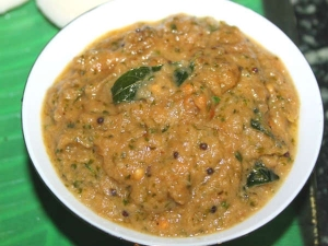 Onion And Coriander Chutney Recipe