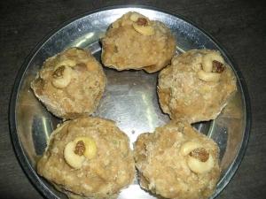 Chapati Ladoo Recipe