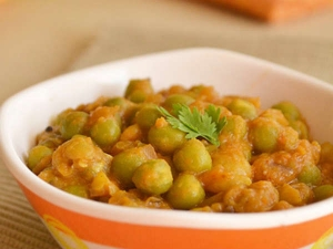 Green Peas Masala Recipe For Bachelors