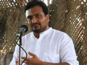 Who Is Piyush Manush