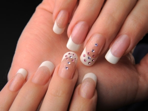 Easy Remedies Grow Nails Stronger