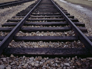 Ever Wondered Why There Are Crushed Stones On Train Tracks
