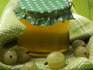 Unknown Benefits Of Amla Oil For Healthy Hair