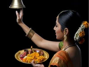 Food Maintain Perfect Shape Women During Dussehra