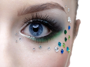 Home Remedies Saggy Eyes