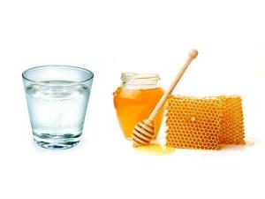 Top Benefits Of Drinking Honey Water