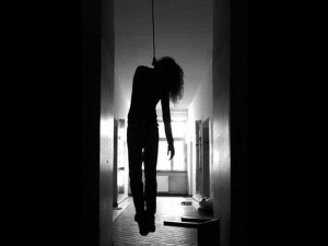 A Teen From Delhi Commits Suicide After Mother Fails Give Her Rs500 For Party