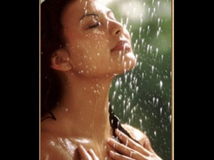 Skincare Tips Rainy Season Aid