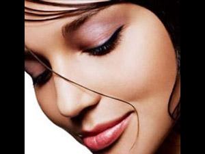 How Make Up Beautiful Eyes Aid