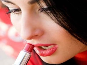 Chemical Lipsticks Can Cause Heart