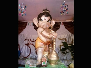 Favourite Flowers Lord Ganesha