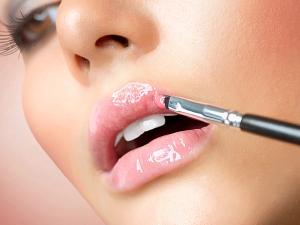 How Plump Thin Lips Naturally